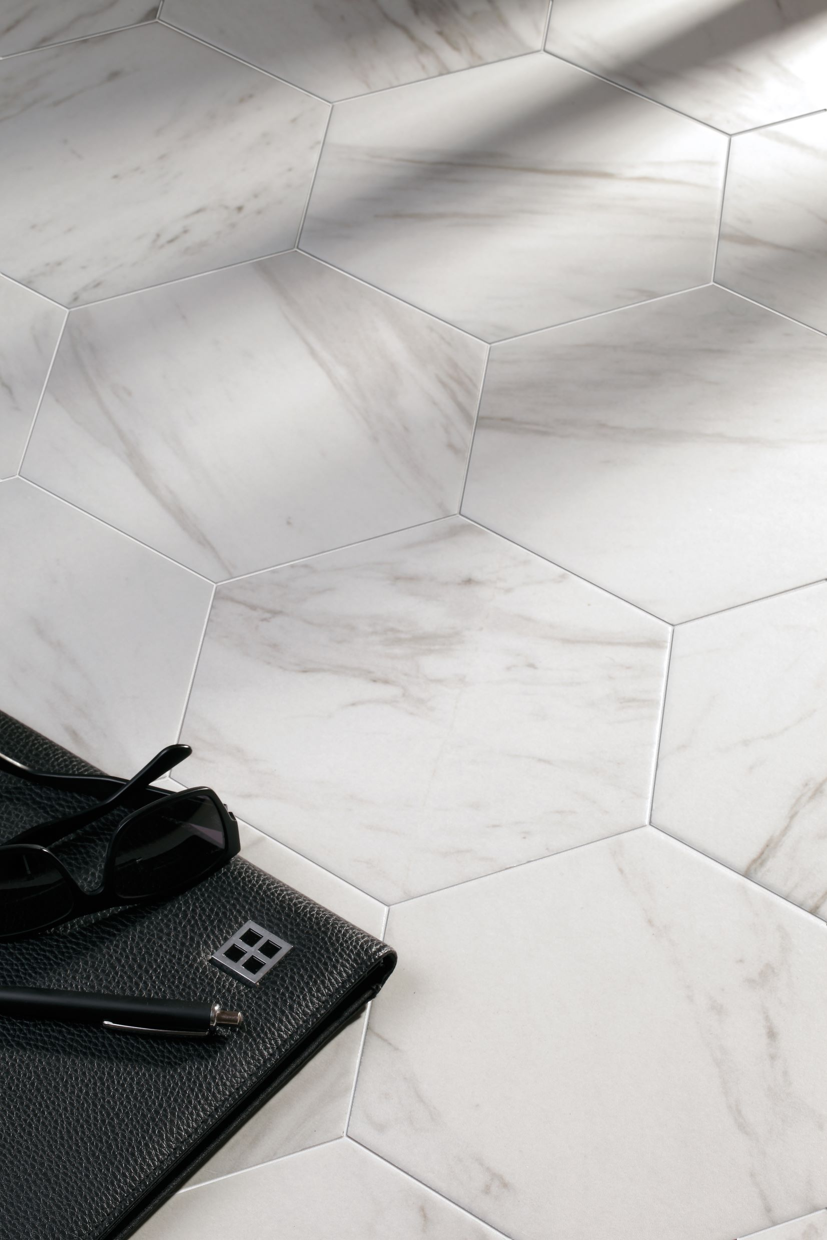 The 25 Best Porcelain Hexagon Tile Ideas On Pinterest