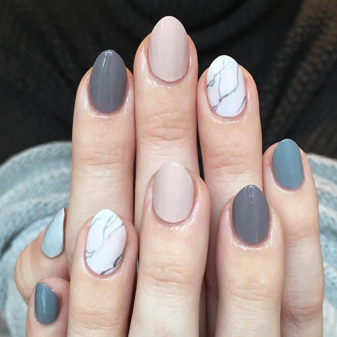 A marble accent paired with an ombré mani. nailart over nails in ...