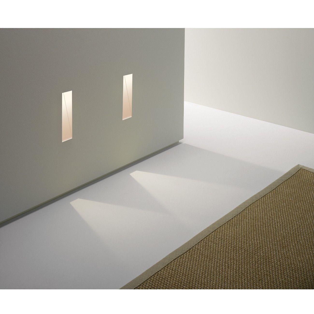 Elegant Diese LED Wandeinbauleuchte eignet sich besonders gut f r die dezente und dekorative Ausleuchtung von Treppenstufen Fu b den oder Fluren im Innenbereich
