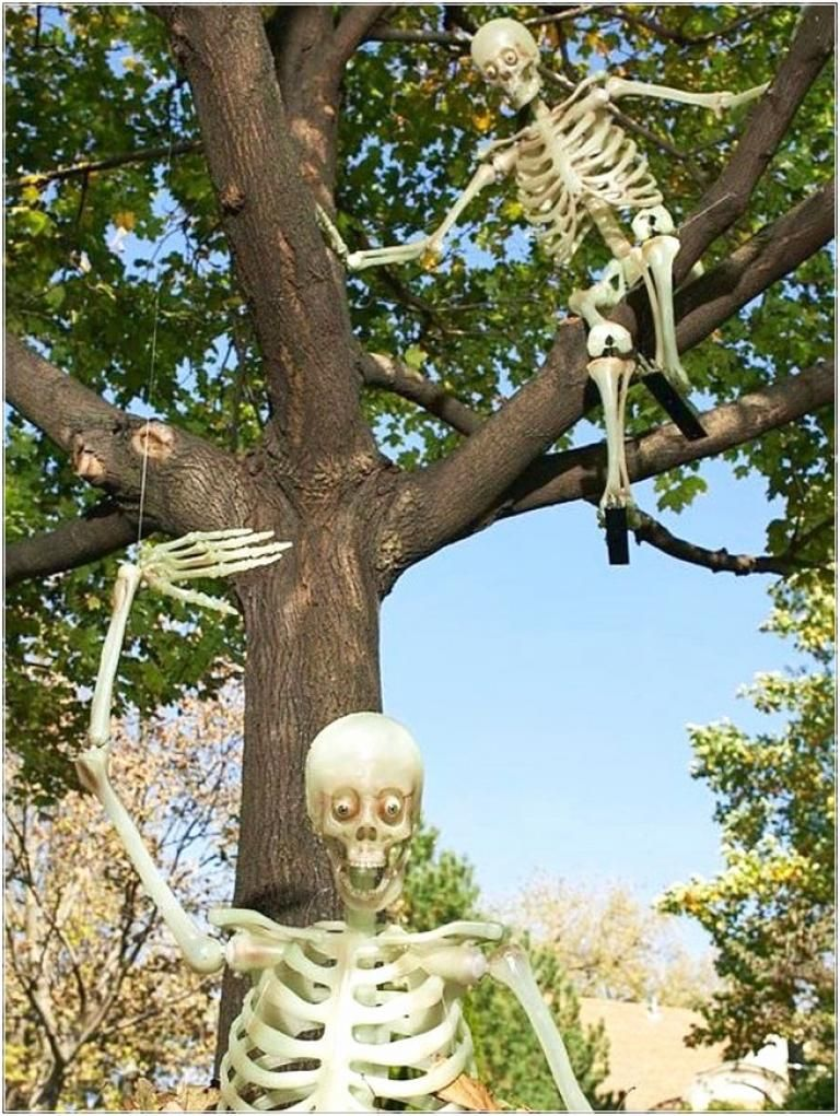 40 Best Outdoor Halloween Decorations - Page 20 of 40 Autumn in