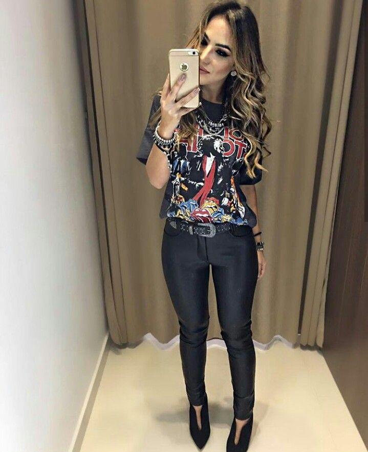 T Shirt De Banda Cinto Calca Preta Looks Roupas Looks
