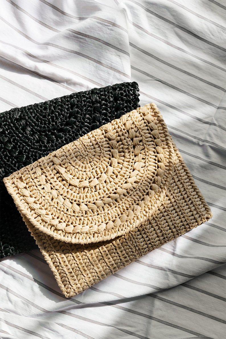 Crochet Raffia Clutch In Natural Straw Cross Body Purse Etsy In 2020 Crochet Bag Straw Summer Bag Raffia Bag