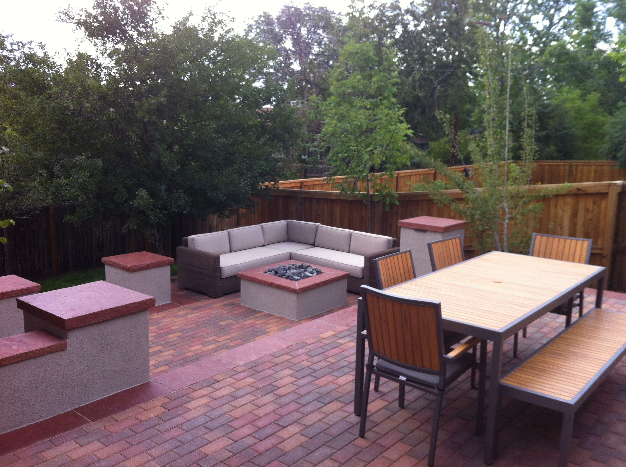 Outdoor living room with fire pit | Outdoor living room ... on Living Room Fire Pit id=55298