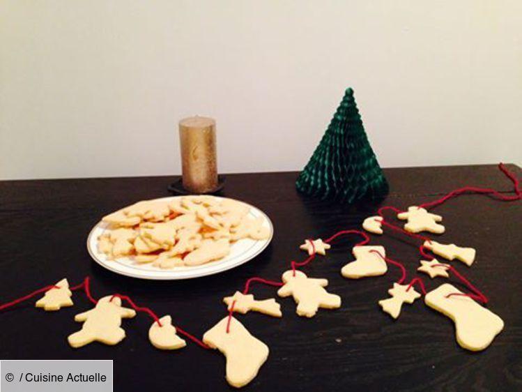 Sablés de Noël #sabledenoel Recette Sablés de Noël. Ingrédients (4 personnes) : 90g de beurre, 2 jaunes d'oeufs, 4 càs de lait... - Découvrez toutes nos idées de repas et recettes sur Cuisine Actuelle #sabledenoel