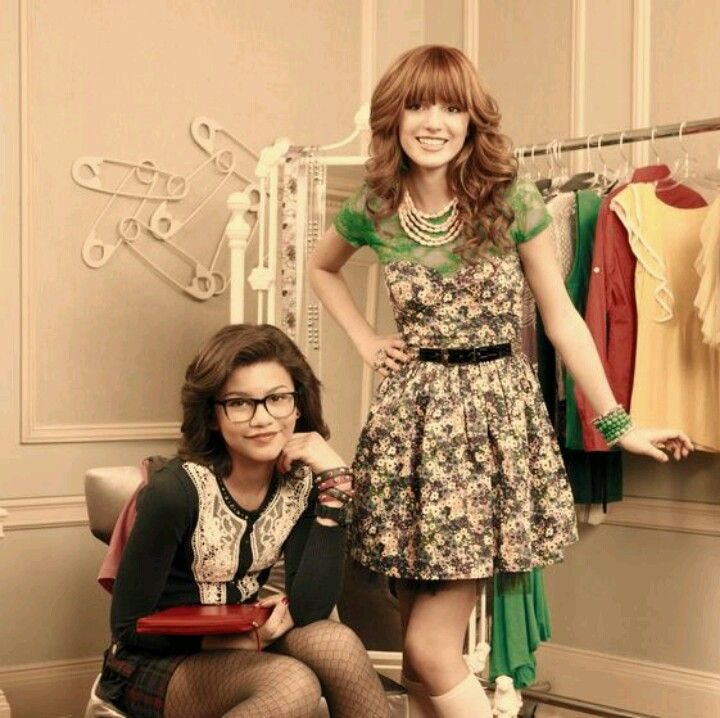 Bella Thorne And Zendaya On Disney Channel Frienamies With Images