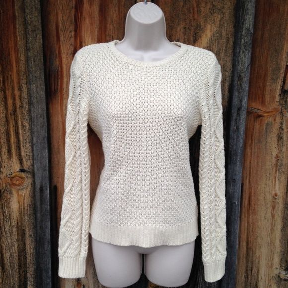 NWT Ralph Lauren Cable Knit Cream Sweater Size S Classic! Ralph Lauren Sweaters Crew & Scoop Necks