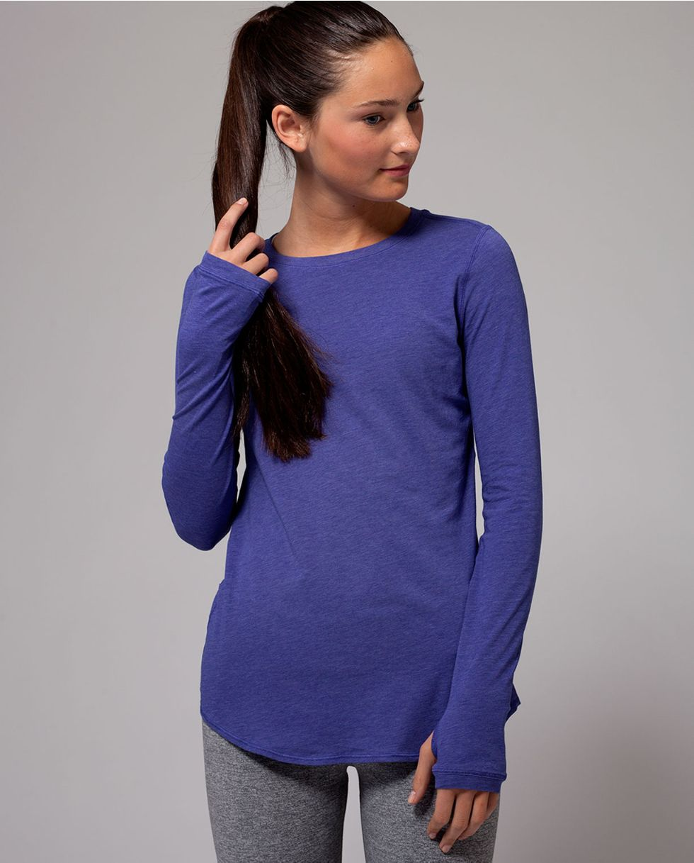 busy school days to yoga practice, get it all done in a naturally breathable tee.   Calm To Energy Long Sleeve Tee