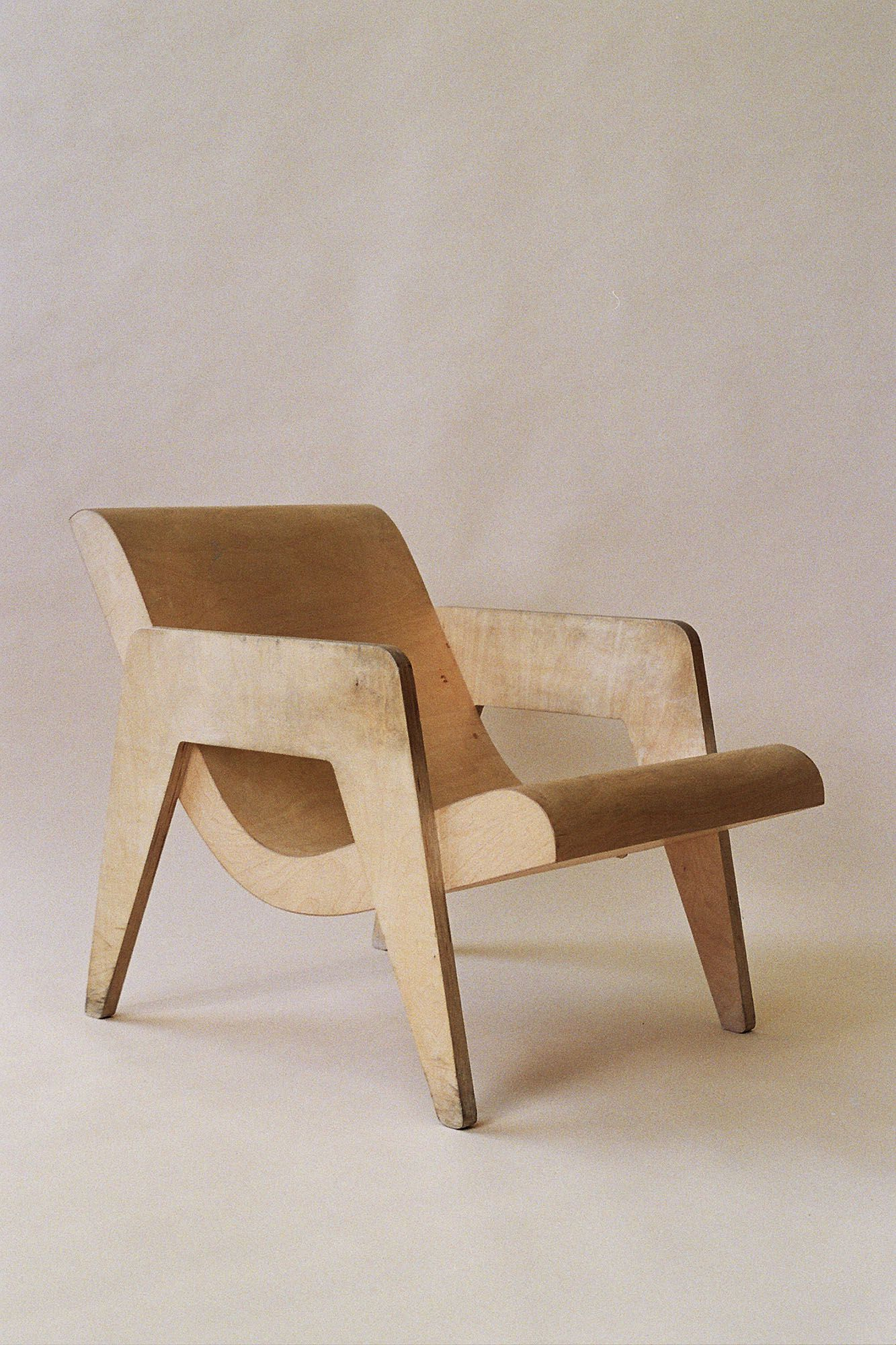 Nick Goldfinger plywood armchair, 90's. This remake was originally designed in 1937 by his grandfather Ernö Goldfinger
