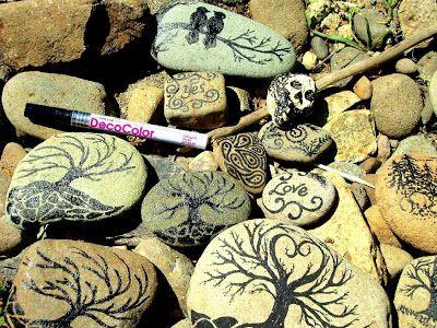 Instructions uses decocolor paint pen to paint rocks for Paint pens for wood crafts