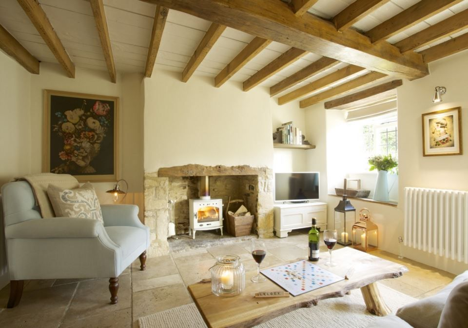 the honey pot a sweet stone cottage in the cotswolds - Stone Cottage Interiors