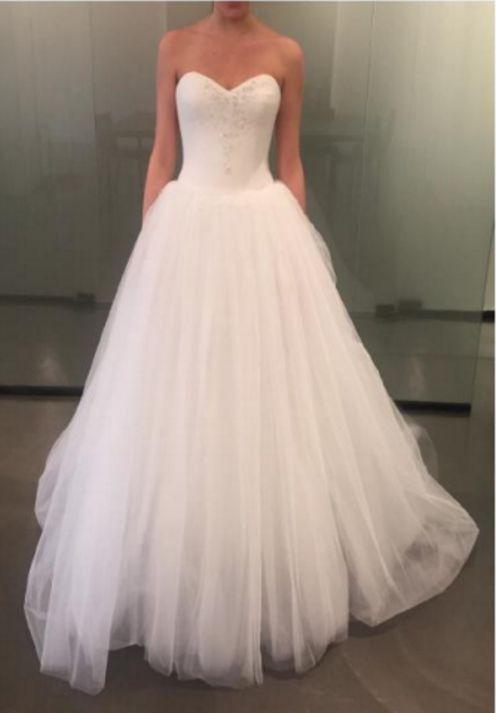 21227ceee44a Pippa-L by Vera Wang   Weddings   Vera wang dress, Dresses, Wedding ...