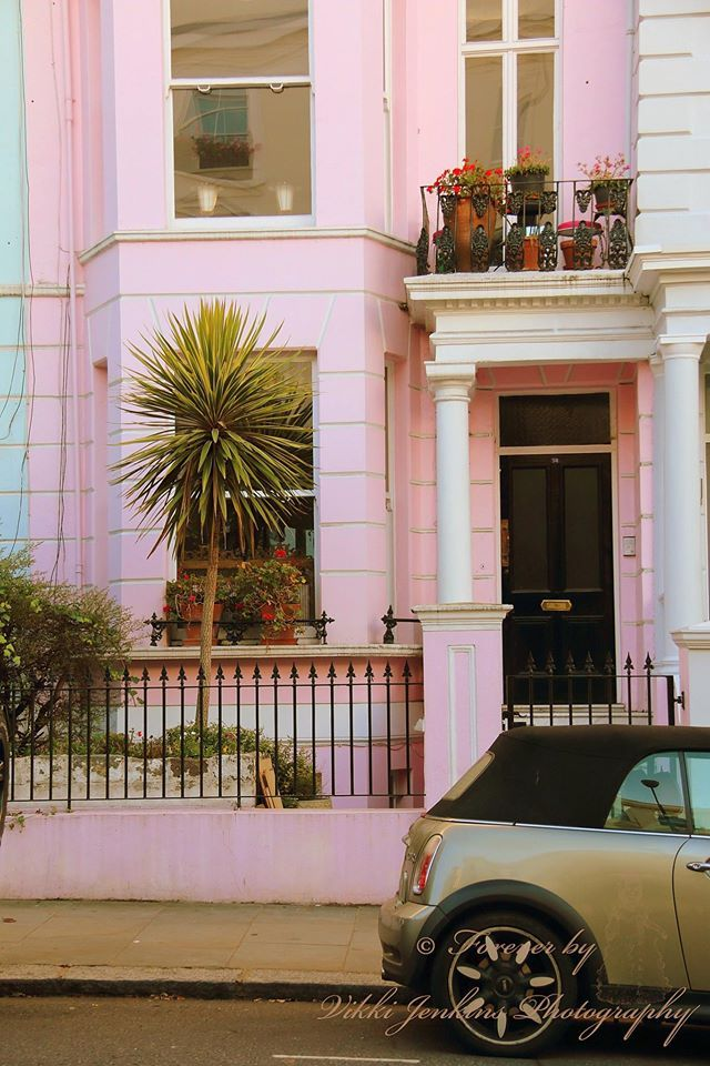 Pink Townhouse in Notting Hill, London