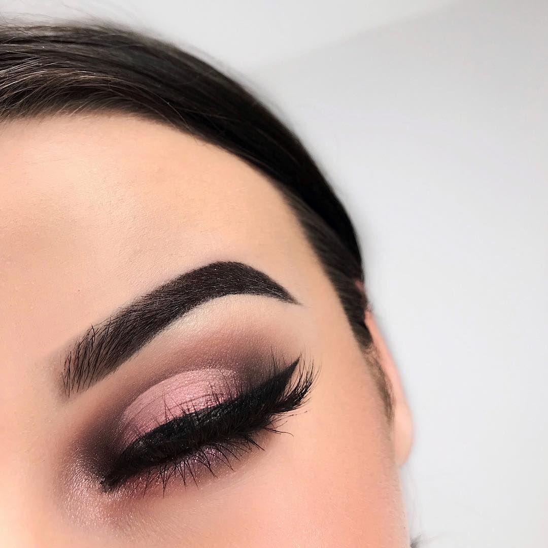 32 Gorgeous eye makeup from Norvina Palette - eye shadow ,gold eye makeup ,eye makeup for brown eyes , norvina palette ,#abh,eyeshadow #eyemakeup #sexyeyes #makeup #eyemakeupideas