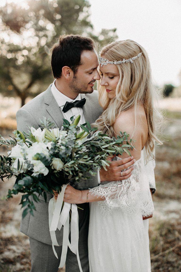 Strandhochzeit in Griechenland | Headpieces, Wedding and Chic wedding