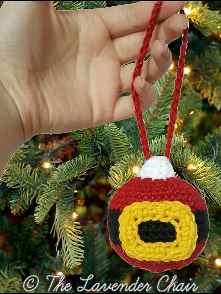 Lavender christmas ornaments - Santa S Christmas Ornament Free Crochet Pattern The Lavender Chair