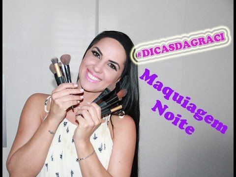 Assista esta dica sobre Maquiagem para noite e muitas outras dicas de maquiagem no nosso vlog Dicas de Maquiagem.
