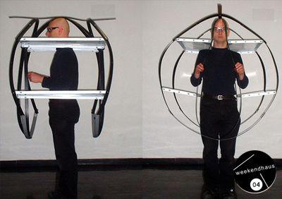 Performance Art / Performance Kunst by Patrick Jambon in Berlin