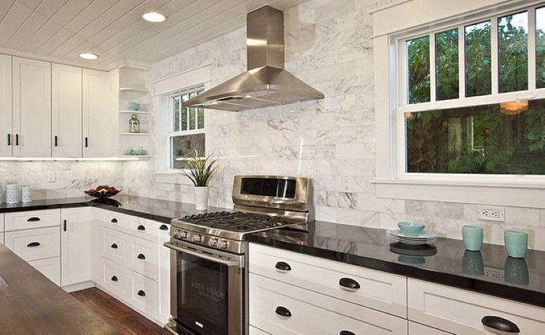 Küche Backsplash Design, Ideen Für Die Küche, Küchenschränke, Rückwand  Verkleiden, Weiße Schränke, Metro Fliesen, Fliesen Design, Küchen