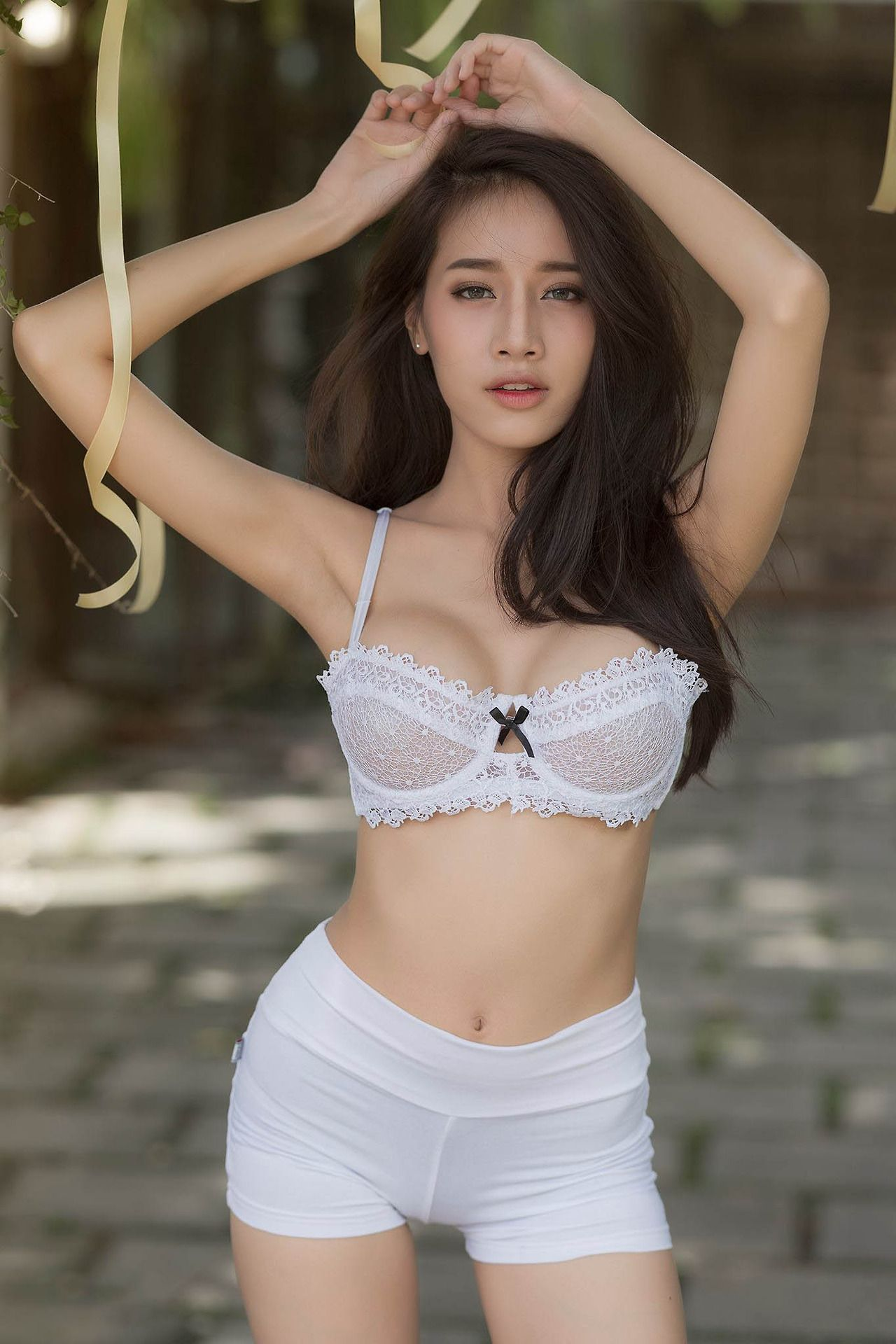 Sexy Asian Girls Photo