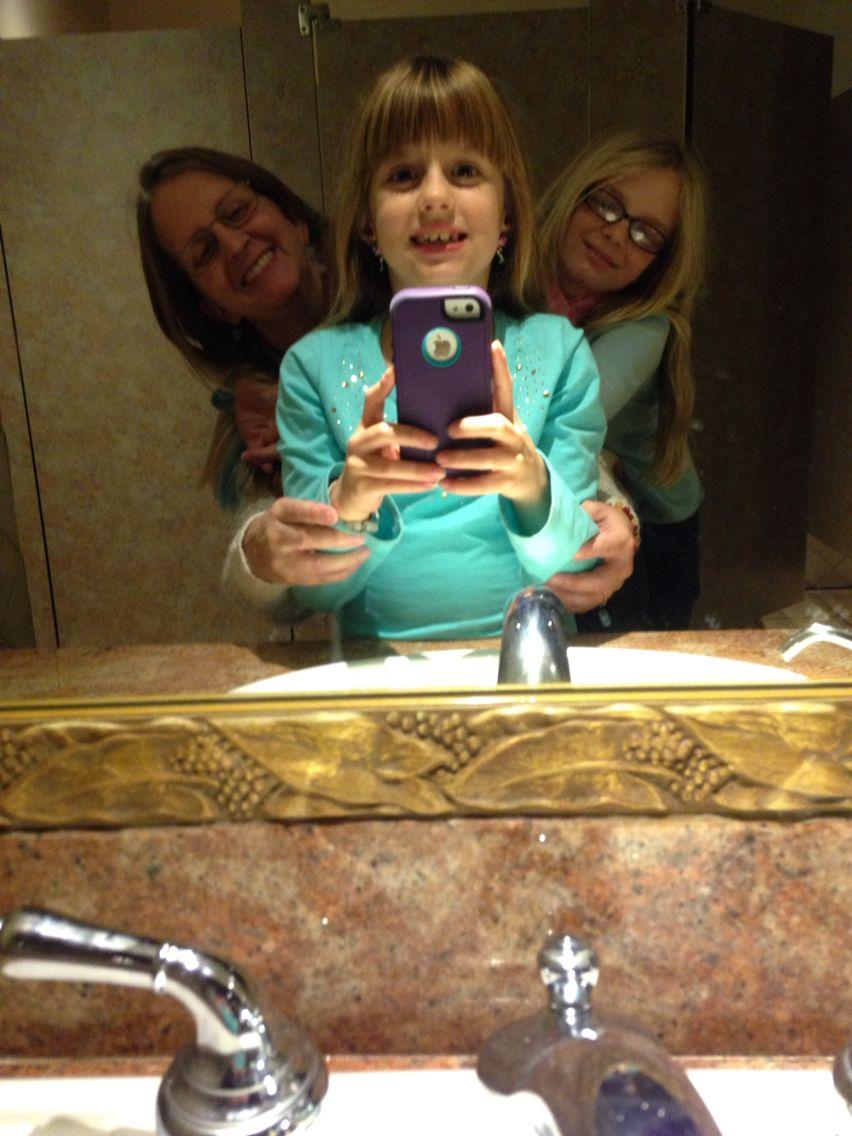 Olive garden in orange city 1/3/15   Bathroom Selfies   Pinterest ...
