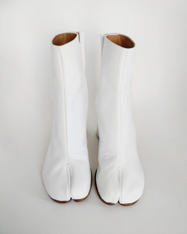 Maison Margiela white tabi boots size