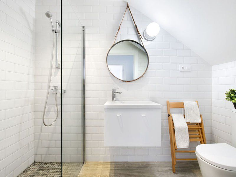 Carrelage métro blanc dans la cuisine et la salle de bains ...