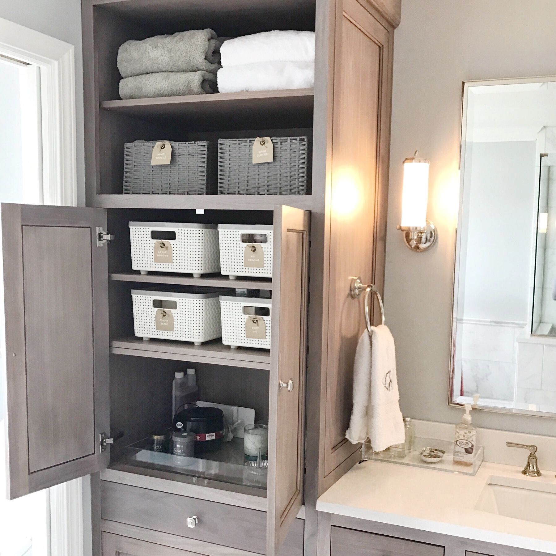 Neat Method Bathrooms Modern Bathrooms White Bathrooms Bathroom Organization Bathr Small Bathroom Organization Bathroom Organisation Bathroom Organization