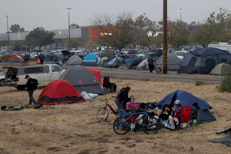 Refugee Camps For Fire Survivors Butte County On Edge Of Humanitarian Crisis After Camp Fire Climate Change Butte County Climates