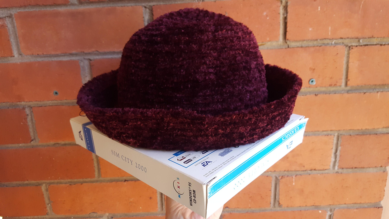 8c337d5abe3 90 s Bucket Hat