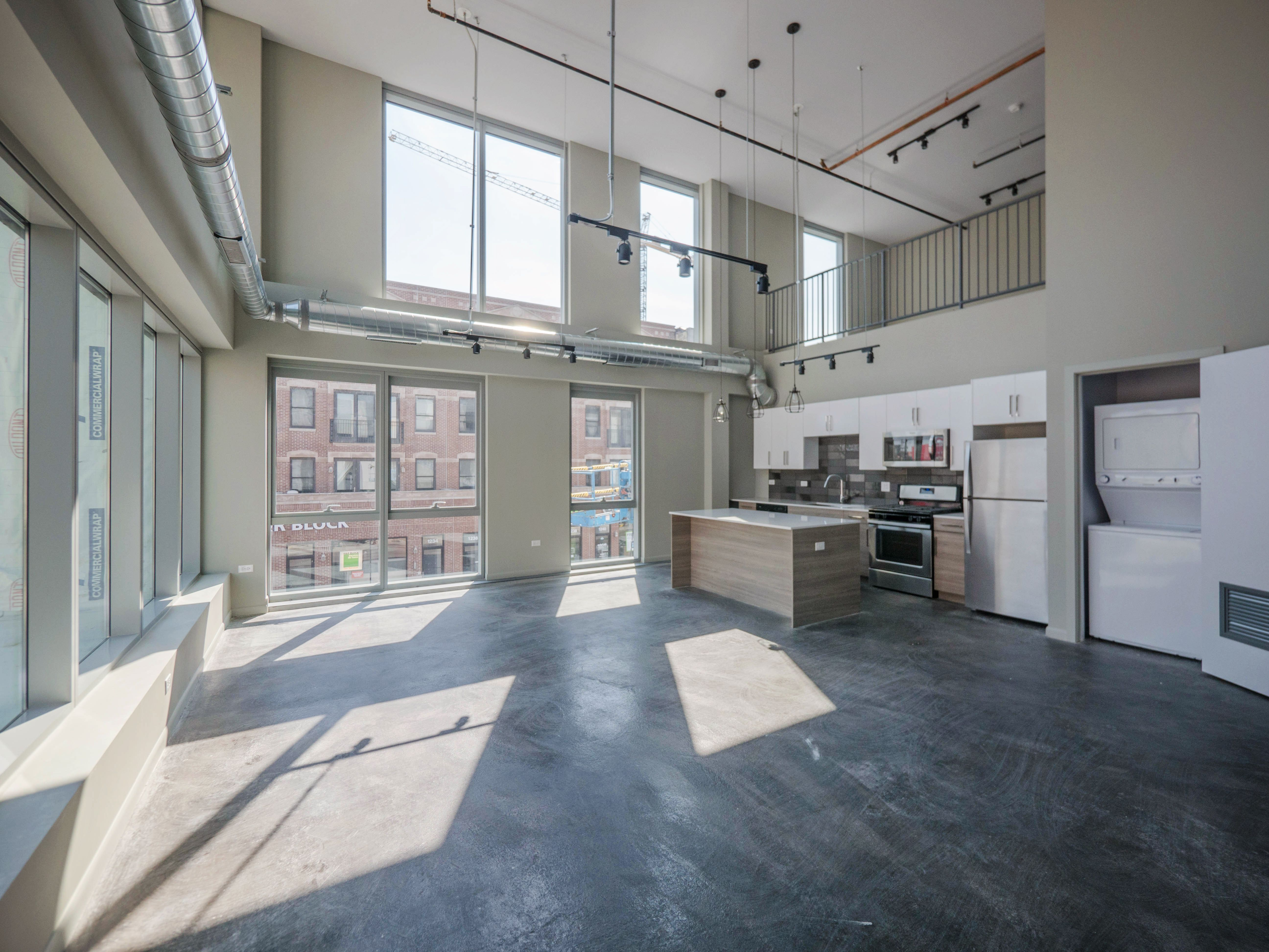 These Brand New Chicago Loft Apartment In Wicker Park Is Loaded With Unique Features Inc Small Loft Apartments Loft Style Apartments Loft Apartment Industrial