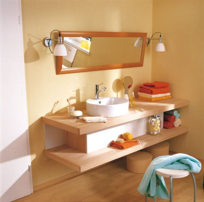 Costruire un mobile attorno al lavabo da appoggio è un ottimo ...