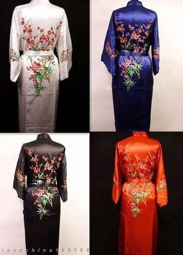 4 Colors Charming Chinese Silk Women'S Kimono Robe Gown Bathrobe/Gown One Size