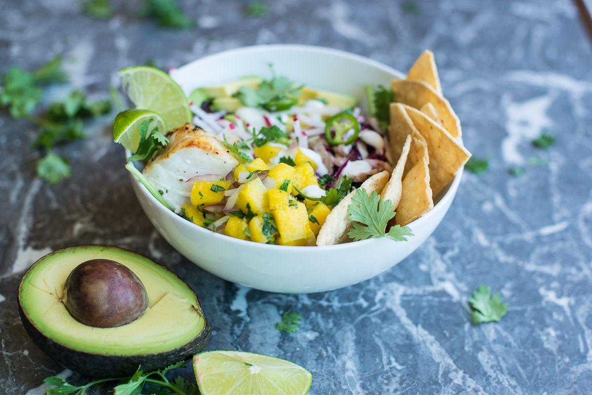 Fish Taco Beast Bowl With Mango Salsa Creme Fraiche Avocado And Mexican Slaw Fish Tacos Meal Prep Bowls Taco Meal