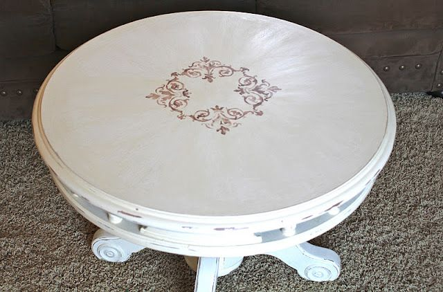 Distressed Old White Round Side/Coffee Table With Hand