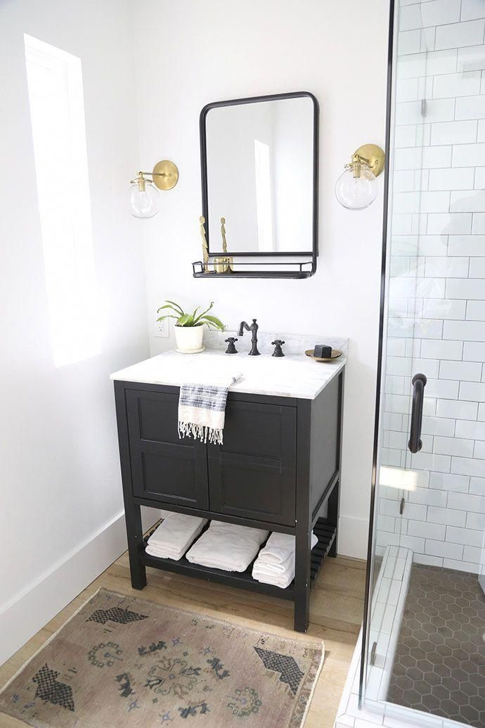Photo of Black and white bathroom #bathroomstyle