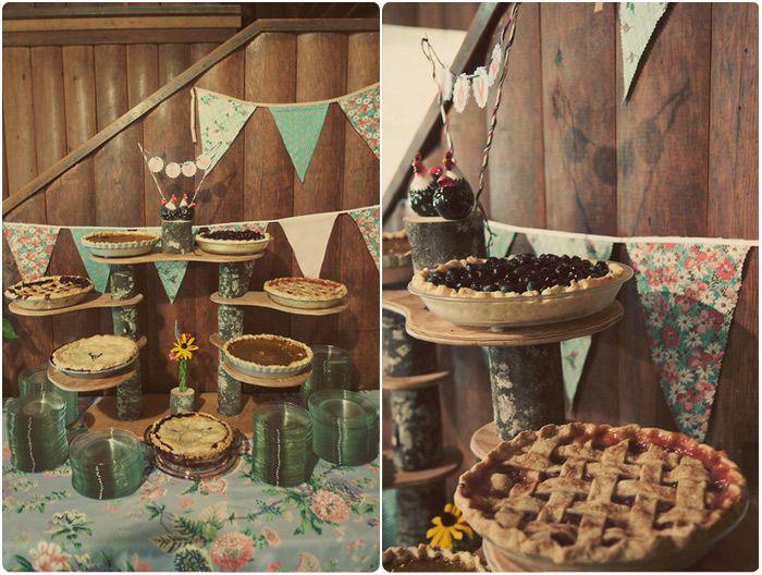 Comment se marier avec un tout petit budget wedding pies camping wedding - Deco buffet champetre ...