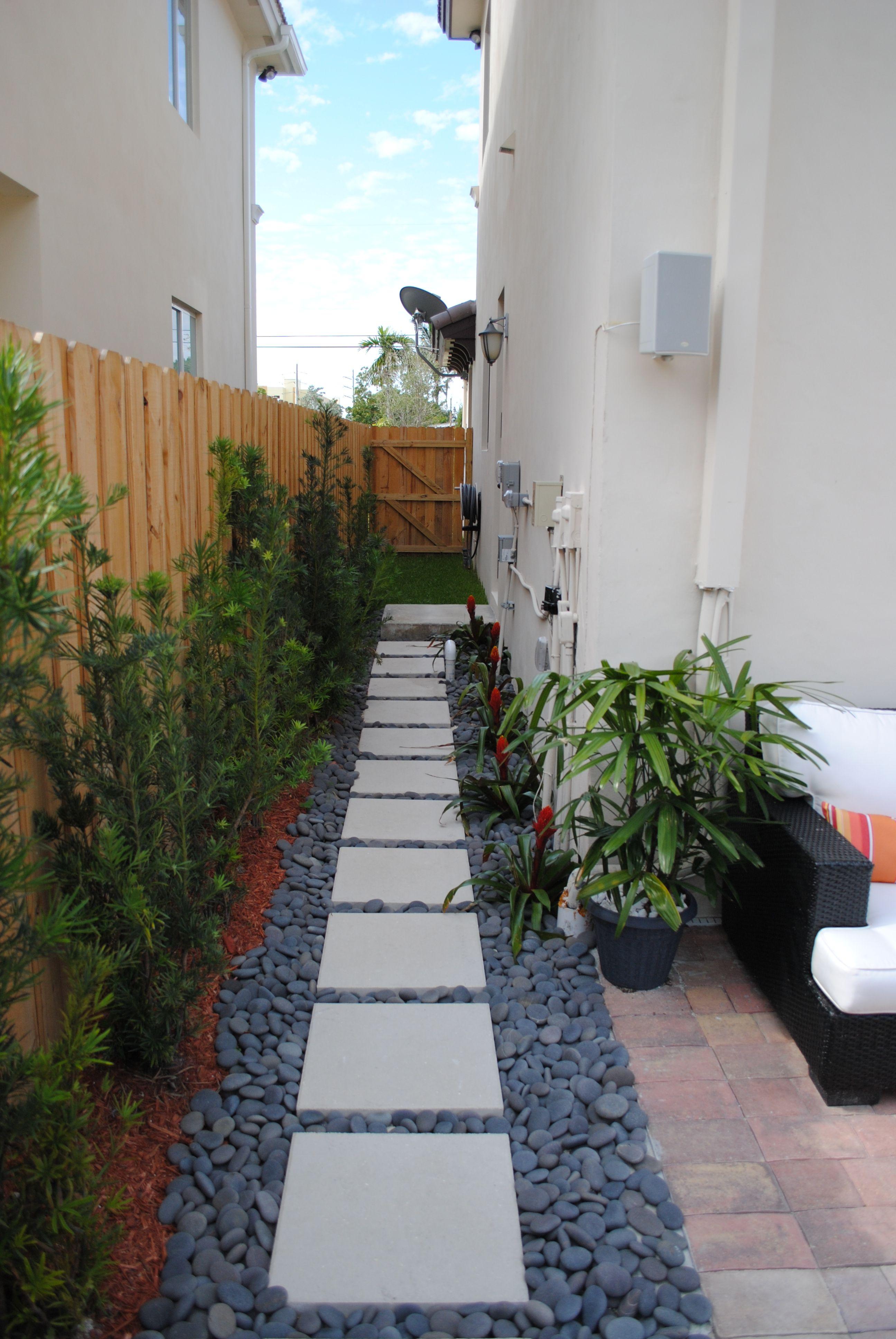 simple walkway patio design