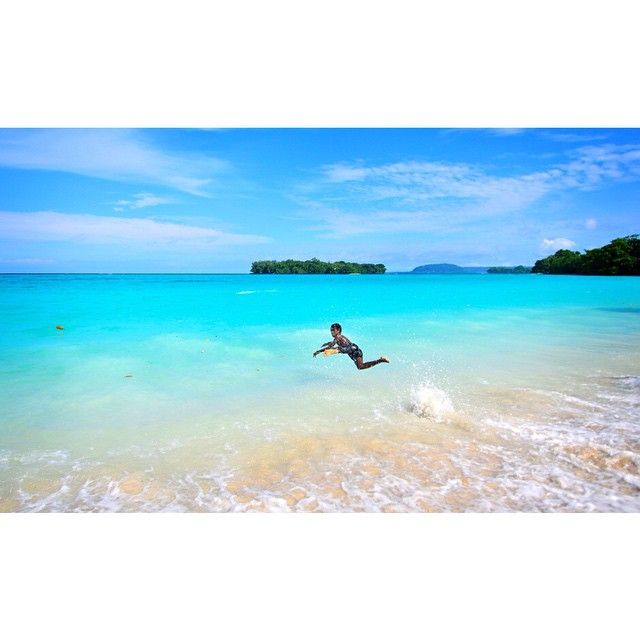 Vanuatu Beaches: #espiritusanto#vanuatu#beach The Sea Was This Colour,trust