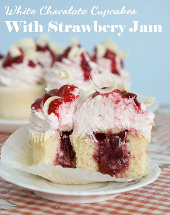 White Cake With Strawberry Preserves Filling