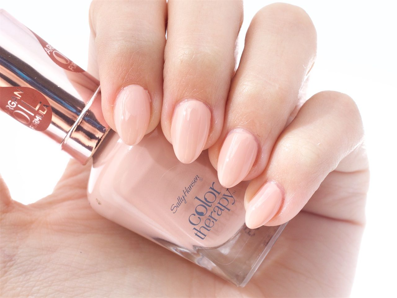 Colour therapy for beauty - Sally Hansen Color Therapy In Re Nude