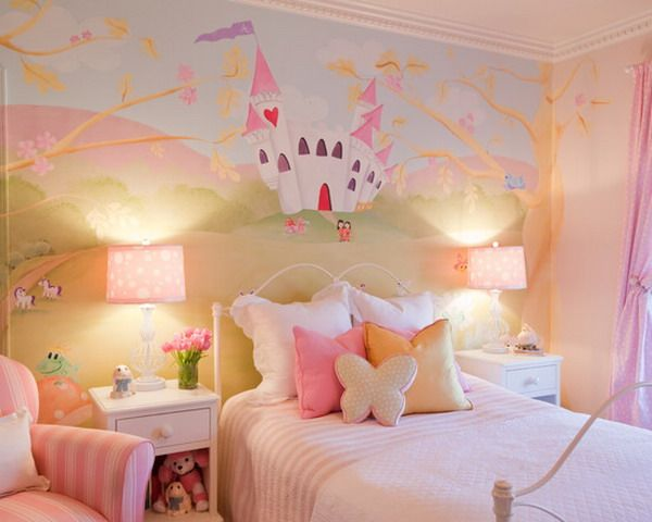 Girls Room Ideas With Castle Wall Mural   Wallpaper Mural Ideas   15215
