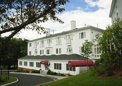 The Captain Daniel Stone Inn In Brunswick Me Is Another Historic Hotel Ascend
