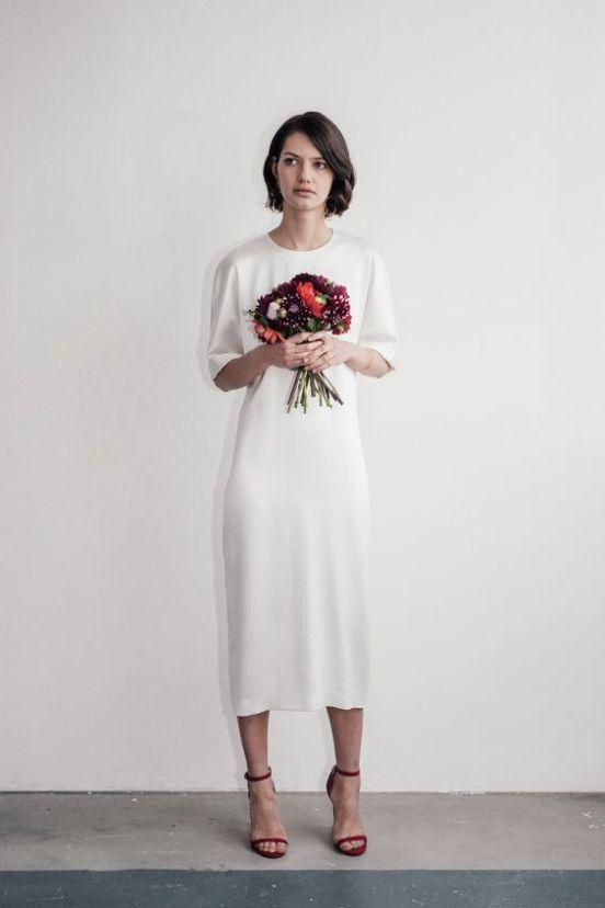 Braut-Midi-Brautkleider zum Abheben