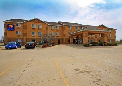 Book The Comfort Inn Suites Hotel In Mount Pleasant Ia This Is