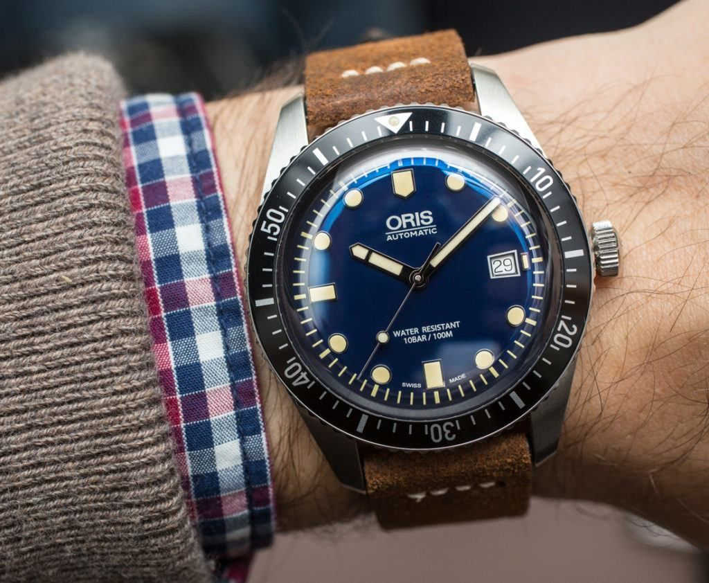 e69595a0522 Oris Divers Sixty-Five 42mm Watch Hands-On - by James Stacey - see the full  photo gallery   read more on aBlogtoWatch.com