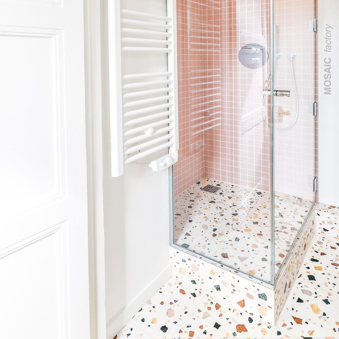 10++ Sol salle de bain terrazzo trends