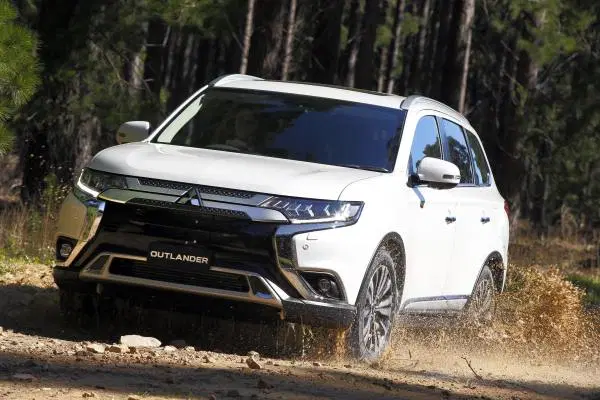 Top Ten Australian Car Brands By Sales Australian Cars Mitsubishi Outlander Ford Ranger