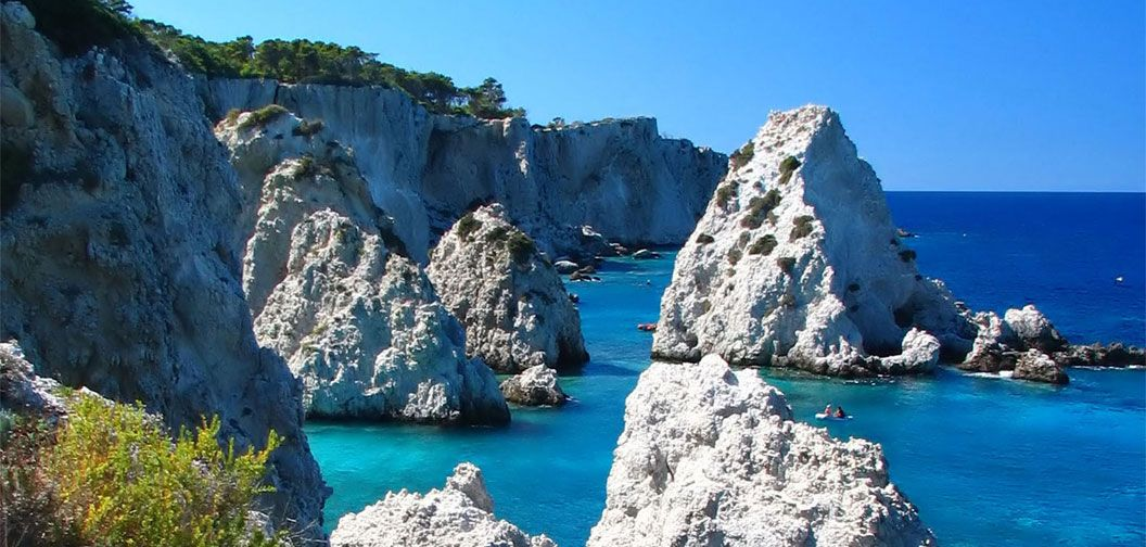 many styles good quality meet Beaches in Puglia Italy,Vacanze sul Gargano in Residence Bed ...