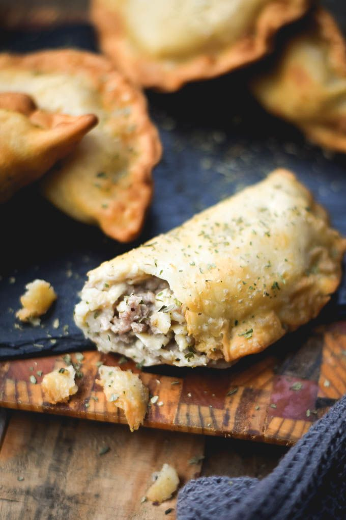You know what I've realized is really underrated? Stinky cheese, you guys! And gruyere is one of the best, especially when it's stuffed in a crisp and flaky empanada with lots of other yummy stuffs! You'd think with me living in Chile and everything, that I'd make more... #appetizer #cheese #creamy