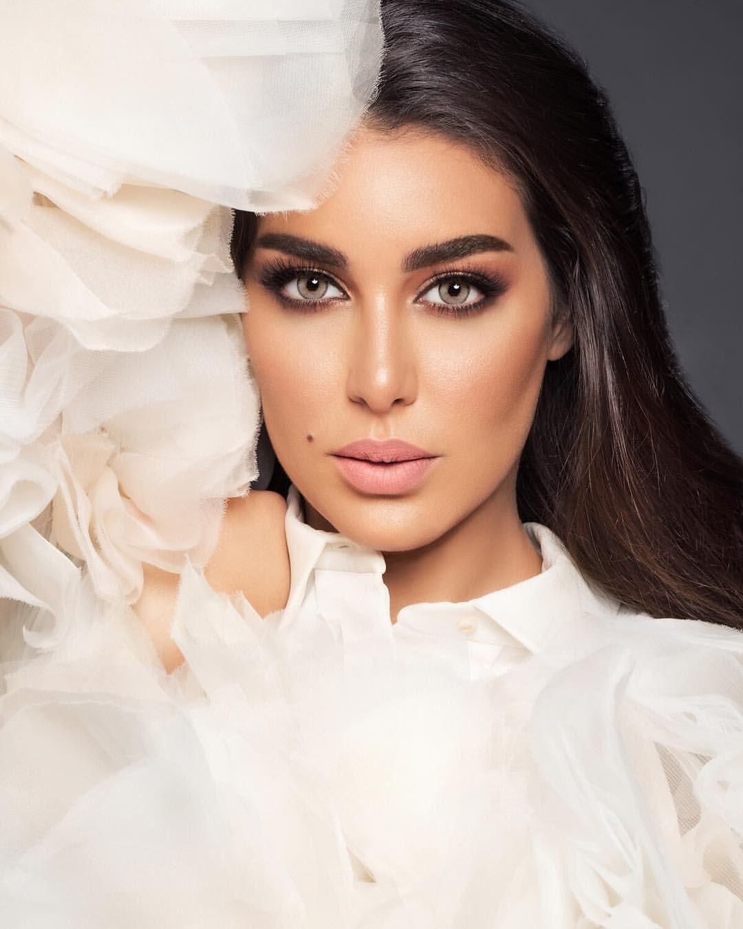 عدسات لنس مي كافيه بعيون الجميلة ياسمين صبري Egyptian Actress Muslim Beauty Arab Celebrities